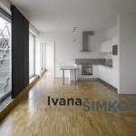 ( Prodáno ) Prodej prostorného zařízeného bytu 4+kk/2xT, Prokopova, Praha 3
