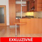( Rezervováno ) Pronájem světlého bytu, 60 m2 + lodžie 4,40 m2, ulice Za Valem, Praha 4  - Kunratice