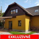 Prodej rodinného domu se zahradou a venkovní terasou a balkonem  4+1. Celková rozloha pozemku se zahradou 425 m2, Okrouhlo, Praha-západ
