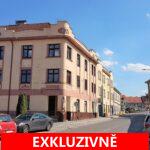 ( Prodáno ) Prodej nebytového prostoru, půdy, podlahová plocha od výšky 1,3 m je 66,8 m2, Podlahováploha celkem 93,8 m2. U Národní galerie - Praha 5 - Zbraslav